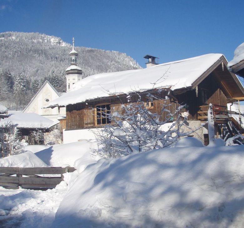 zuhaus winter header